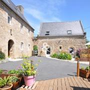 La maison (cour & terrasse=