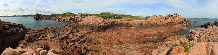 Panorama cote de granit rose